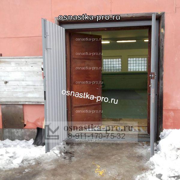 Ворота для склада распашные
