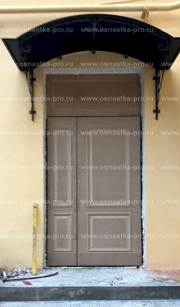 Входные парадные двери
